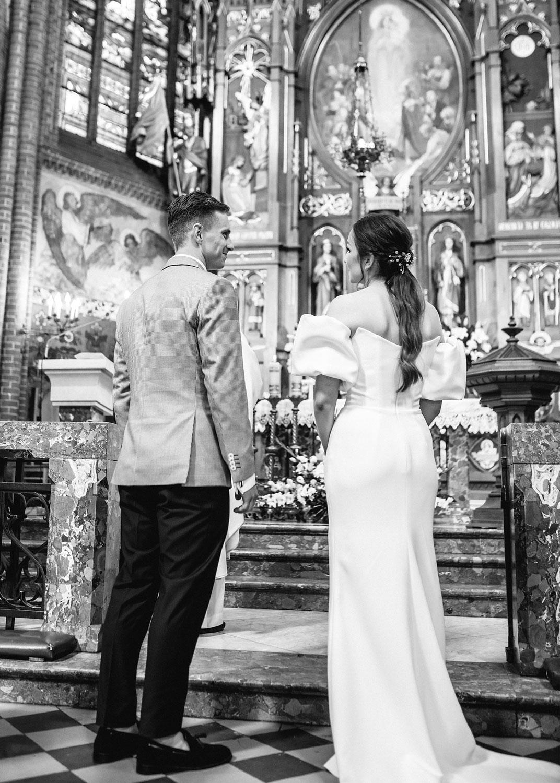 para młoda w kościele, przysięga
